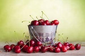 Amazing-Reasons-to-Eat-Cherries1